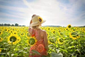 How to protect yourself from the sun while trying to conceive, non-toxic sunscreen